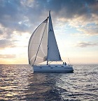 Sailing on Bavaria 36 Cruiser